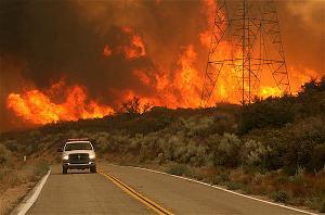Bài viết, tiểu luận, truyện ngắn - Trước cơn lửa dữ