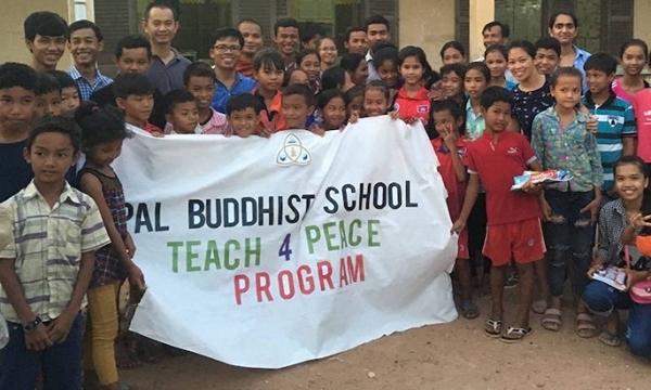 Bài viết, tiểu luận, truyện ngắn - Món quà của tri thức của một ngôi trường Phật giáo