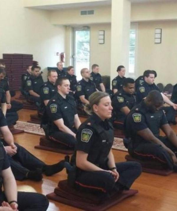 Tu học Phật pháp - Thiền tập cho cảnh sát