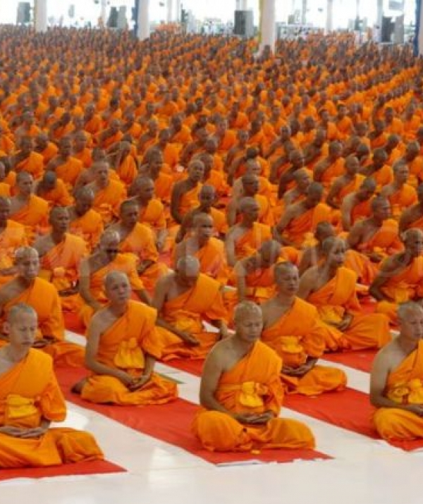 Tu học Phật pháp - Người xuất gia đối trước vương quyền