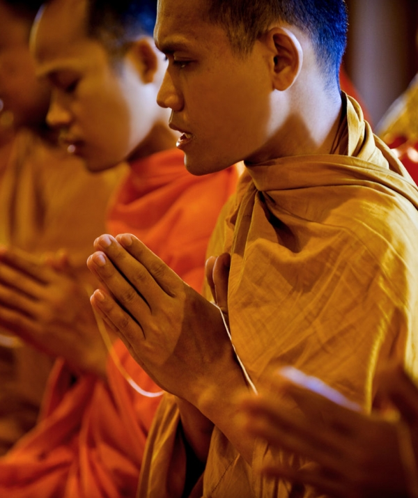 Tu học Phật pháp - Bước chuyển từ triết lý niệm Phật đến tín ngưỡng niệm Phật