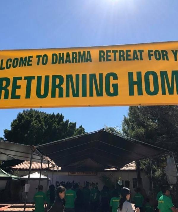 Bài viết, tiểu luận, truyện ngắn - Returning Home - Khóa tu dành cho tuổi trẻ tại hải ngoại
