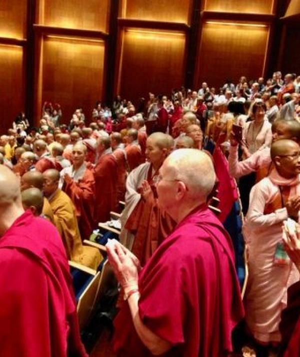Bài viết, tiểu luận, truyện ngắn - Phật tử và vấn đề xã hội