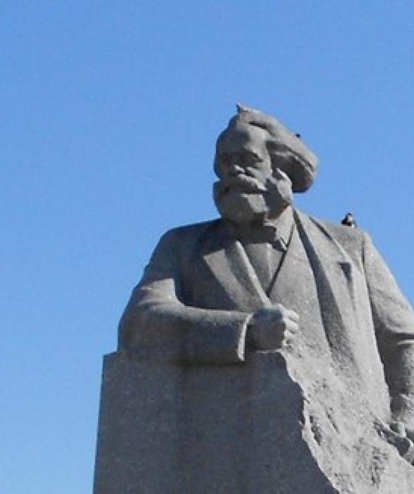 Bài viết, tiểu luận, truyện ngắn - Karl Marx và Thiền Đi Bộ