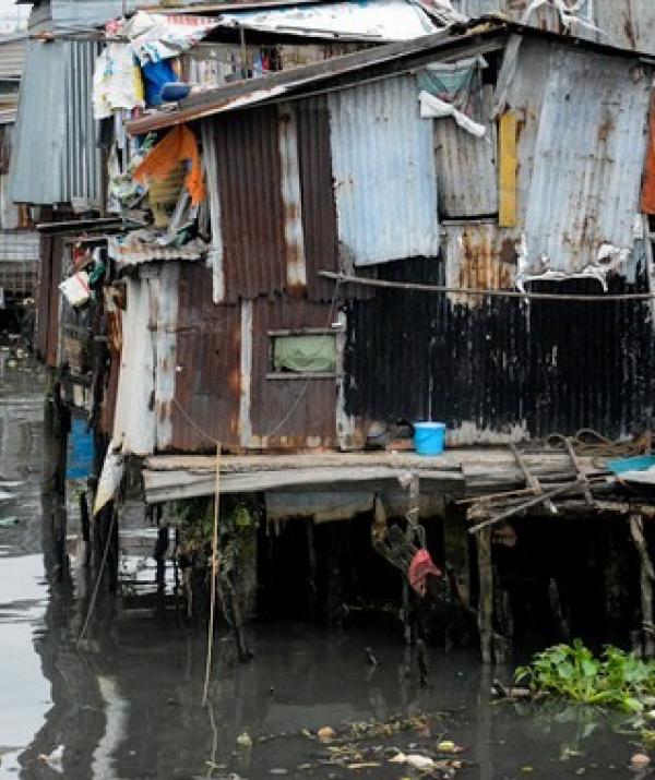 Bài viết, tiểu luận, truyện ngắn - Nghèo chưa hẳn là hèn