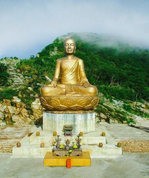 Văn học Phật giáo - Liệu pháp Tâm lý trong thơ Trần Nhân Tông