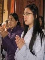 Để Trở Thành Người Phật Tử Tại Gia