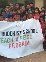 Món quà của tri thức của một ngôi trường Phật giáo