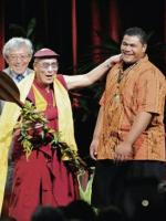Tenzin Dorjee: Phật Pháp Vào Đời